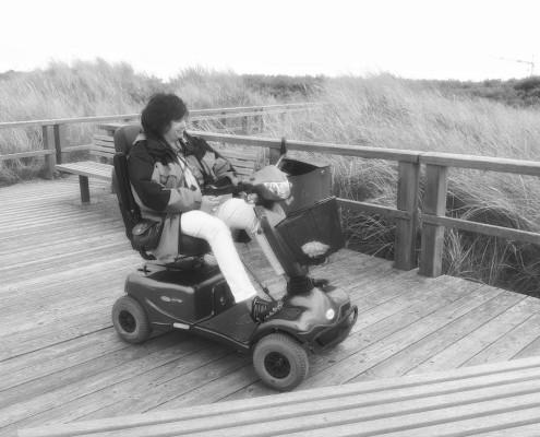 Juist Urlaub FeWo Scooter Behindert