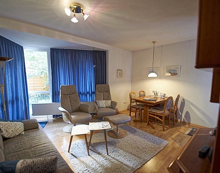 Wohnzimmer und Schlafzimmer neue Fotos › FeWo Alte Liebe auf Juist