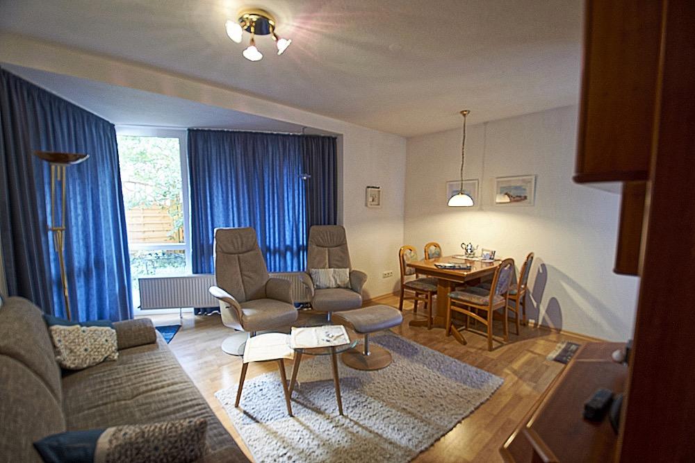 Von Privat – Wohnzimmer Essecke FeWo Alte Liebe auf Juist